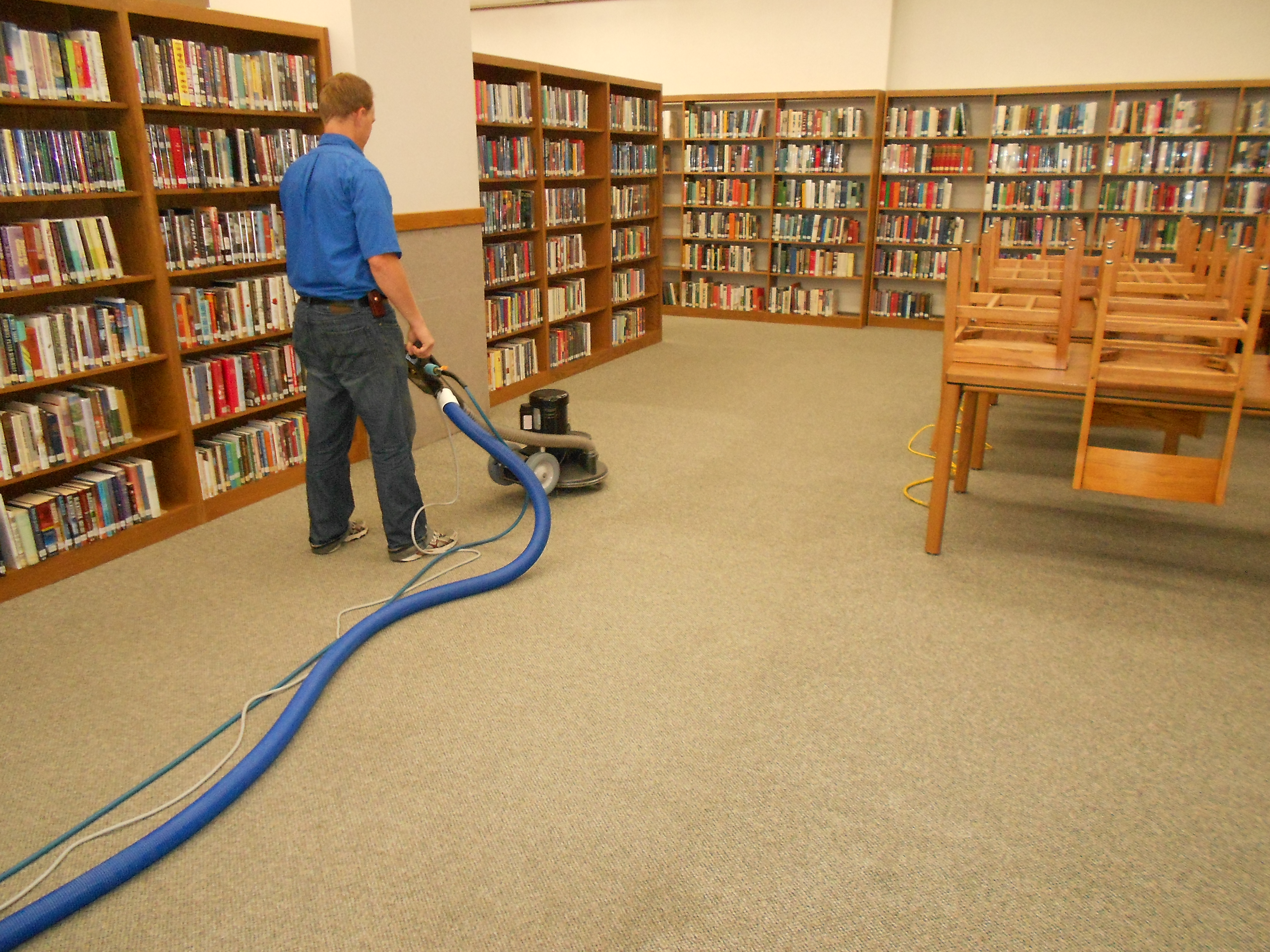 4 Reasons to Hire a Commercial Carpet Cleaning Service in Chandler